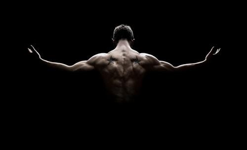 背中の筋肉背筋