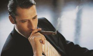 出典:http://weheartit.com/entry/241834500/via/gentleman7?page=10 え、タバコも加齢臭に?