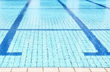 プールのイメージ画像