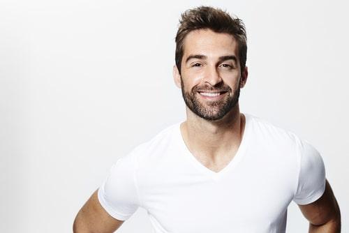 男性 デザイン 髭