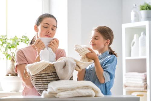 いい匂いの洗濯物親子母娘