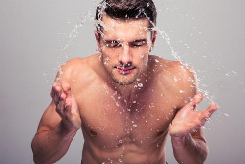 男性 洗顔