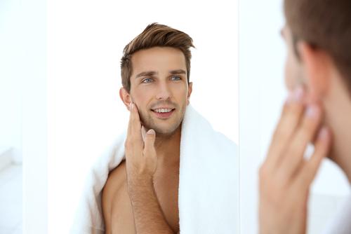 きれいな肌の男性