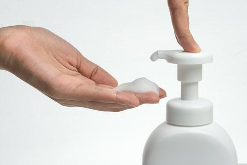 泡タイプの洗顔料