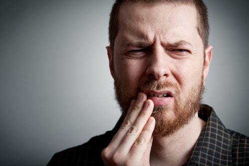 ホワイトニングジェル 黄ばみ 歯